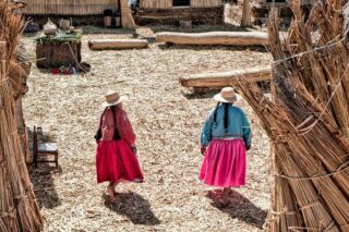 Peruvian lady's with authentic dresses, in Uros, the floating Islands of Peru. ⠀⠀⠀⠀⠀⠀⠀⠀⠀ . . . . . #travelgram #instatravel #wanderlust #travelphotography #traveling #travelling #travelblogger #travelingram #explore #adventure #traveltheworld #igtravel #instapassport #mytravelgram #instatraveling #travelblog #travelsouthamerica #ilovetraveling #travelingtheworld #adventure #backpacking #vagabond #travelgram #placestovisit #lifeinabackpack #aroundtheworld #wanderlust #keepgoing #backpacker #travelgram